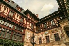 Peles-Schloss von Sinaia - Rumänien lizenzfreie stockfotos