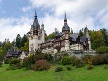 Замок Peles в Sinaia, Румынии стоковая фотография rf