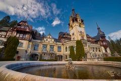 Peles slott i Rumänien Arkivbilder