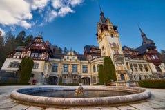 Peles slott i Rumänien Royaltyfria Foton