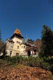 Pelesor城堡,锡纳亚市,罗马尼亚风景看法  图库摄影