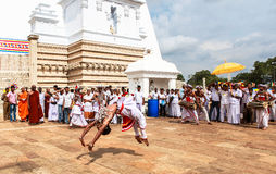 Pelgrims in Anuradhapura, Sri Lanka royalty-vrije stock afbeelding