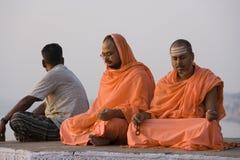 Pelgrims in Varanasi - India royalty-vrije stock foto's