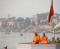 Pelgrims - Varanasi - India stock afbeelding