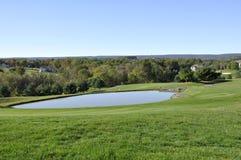 Peligro del agua del campo de golf Imagenes de archivo