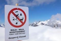 Peligro señal adentro Vorarlberg Fotografía de archivo