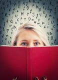 pellame dietro un libro Fotografia Stock