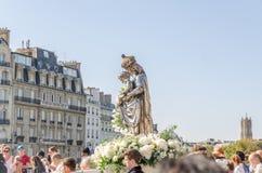 Pellegrinaggio per il presupposto del vergine da Notre-Dame, Parigi fotografia stock libera da diritti