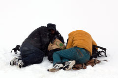 Pellegrini tibetani che dormono sulla traccia intorno al Mt Kailash Fotografie Stock