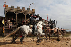 Pelliculage du nouveau film les chevaliers photographie stock