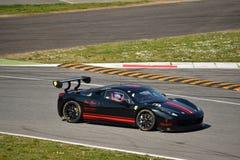 Pellin som springer den Ferrari 458 utmaningen Evo på Monza Arkivfoto