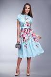 Pelo atractivo del maquillaje de la belleza de la moda del estilo de la ropa del catálogo de la mujer Fotos de archivo