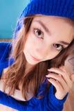 Pelo largo de la muchacha adolescente de la mujer joven del retrato Fotografía de archivo libre de regalías