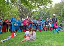 Pelo marzo della samba che tamburella banda Immagini Stock Libere da Diritti