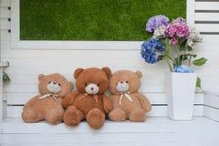 Pelo suave de peluche del marrón lindo del oso. Fotos de archivo