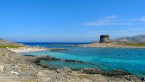Pelosa strand i Sardinia, Italien arkivbilder