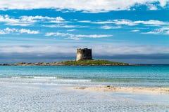 Pelosa strand på Sardinia, Italien Arkivbilder
