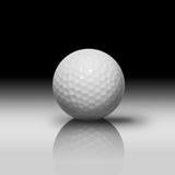 Pelota de golf blanca Fotografía de archivo libre de regalías