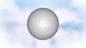 Pelota de golf en el cielo