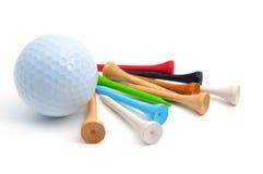 Pelota de golf y tes Foto de archivo libre de regalías