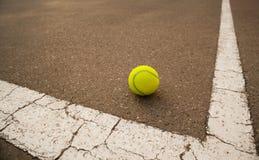 Pelota de tenis Fotografía de archivo libre de regalías