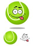 Pelota de tenis verde de la historieta con la cara sonriente Imagen de archivo libre de regalías