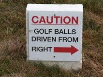 Pelotas de golf conducidas de la derecha imagenes de archivo