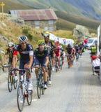 Peloton в горах - Тур-де-Франс 2015 Стоковые Фотографии RF