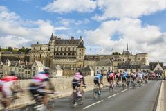 The Peloton and the Amboise Chateau- Paris-Tours 2017 stock images