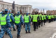 Peloton de la police russe d'aide Équipes nationales volontaires dans l'ONU Photographie stock libre de droits