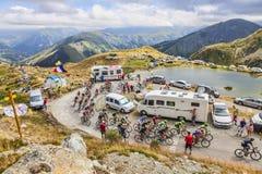 Pelotonen i berg - Tour de France 2015 Royaltyfri Bild
