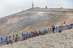 Pelotonen på Mont Ventoux Arkivbilder