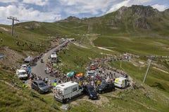 Pelotonen på Sänka du Tourmalet - Tour de France 2018 Royaltyfri Bild