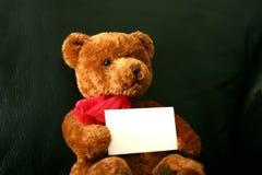 Peluche con la tarjeta Imagen de archivo libre de regalías
