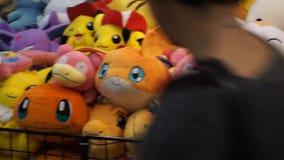 Peluches de los caracteres tomados de los videojuegos en Romics, el festival del International XXIII de tebeos metrajes