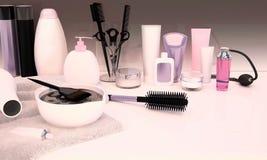 Peluquero Accessories para el pelo que colorea en una tabla blanca Imagen de archivo libre de regalías