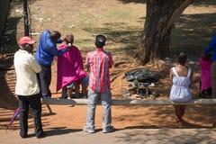 Peluquero de la calle, Johannesburgo Imagen de archivo libre de regalías
