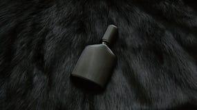 Pelz und Flasche Parfüm Stockbilder
