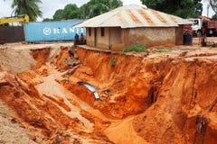 Pemba, Mozambique - 29 avril 2019 : Endommag? et inond? loge apr?s cyclone Kenneth photo libre de droits