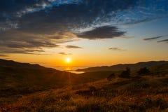 Península de Extremo Oriente rusa para Gamow Puesta del sol sobre el na de la bahía Imagen de archivo libre de regalías
