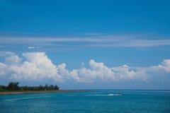 Península de Hengchun, la isla de Taiwán más situada más al sur, parque nacional de Kenting --- Playa blanca del asilo Fotografía de archivo libre de regalías