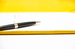 Pen on contract Royalty Free Stock Photos