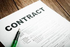 Pen on the contract papers Royalty Free Stock Images
