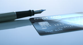 Pen and credit card Royalty Free Stock Photos