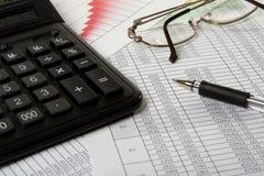 Pen en calculator royalty-vrije stock foto's