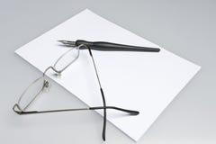 Pen en glazen Royalty-vrije Stock Foto's
