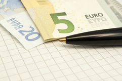Pen and euro banknotes Royalty Free Stock Photography