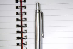 Pen on Journal Royalty Free Stock Photos