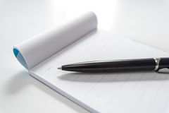 Pen and note book Royalty Free Stock Photography