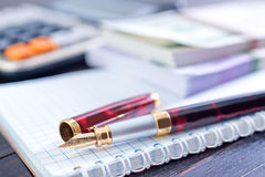 Pen and note Royalty Free Stock Photography